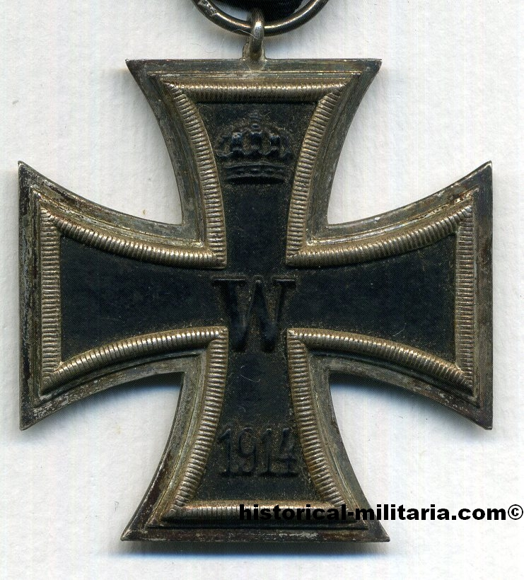ORIGINAL Preussen Eisernes Kreuz 2. Klasse 1914 punziert am Ring - Original German Imperial Iron Cross 2nd Class 1914 with makers' marks and original ribbon - Croce di Ferro Seconda Classe 1914 originale